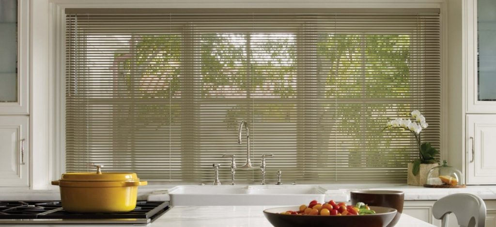 aluminum blinds in home